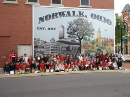2nd Grade Walking Field Trip